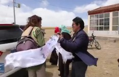 Dutch couple helps Qinghai herders shake off poverty