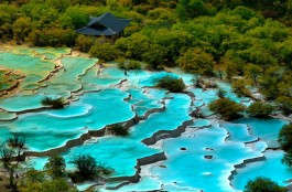Ecological Protection and Tourism Development in Huanglong Scenic Area