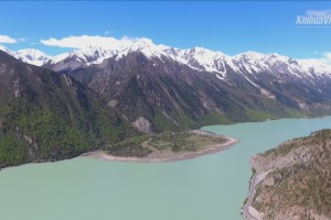 Breathtaking summer view of Tibet's Ranwu Lake