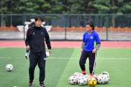 Tibetan girl pursues football dream in NW China