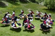 Experts: Human rights in Tibet make great progress