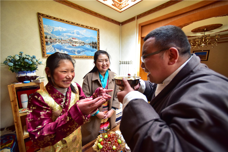 Tibetans celebrate New Year at home