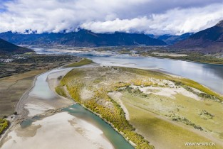 In pics: Nyang River in Nyingchi, southwest China's Tibet