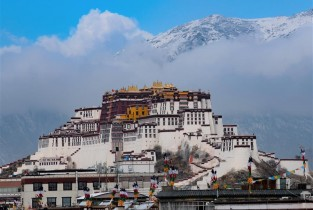 In pics: Potala Palace after snowfall in Lhasa