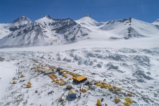 In pics: advance camp at altitude of 6,500 meters on Mount Qomolangma (I)