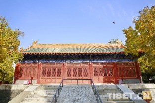 Late autumn scenery of Xihuang Temple