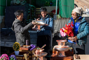 Prosperity On the Plateau: What Tibetans buy reveals better lives