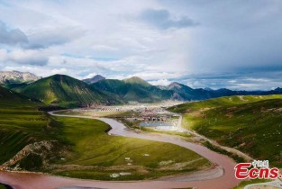 Picturesque scenery spotted in Zadoi County, China's Qinghai